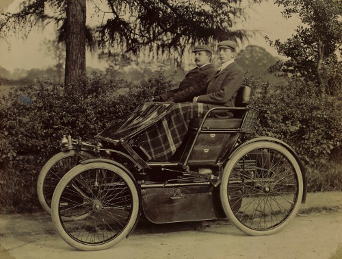 Frederick Lanchester at the wheel of the 8 h.p. two cylinder Lanchester known as the 'Gold Medal Phaeton' with his brother George as passenger. c1899.